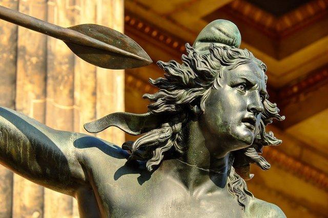sculpture-2013048_1280.jpg